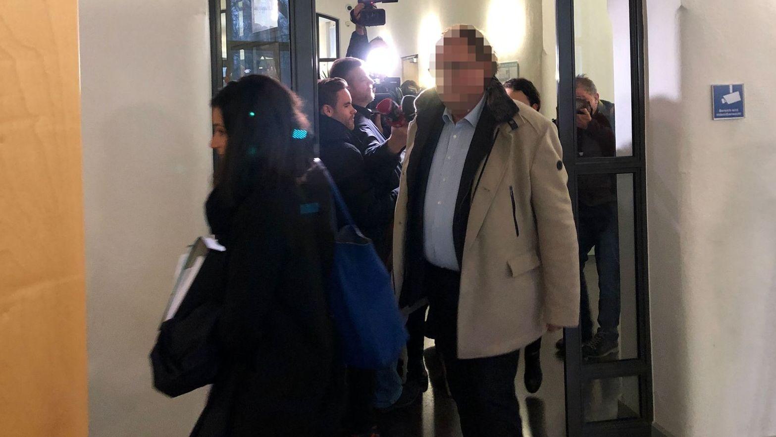 Am Mittwochvormittag wird im Landgericht Regensburg ein erster Zeuge im Geiselhöringer Wahlfälschungsprozess aussagen