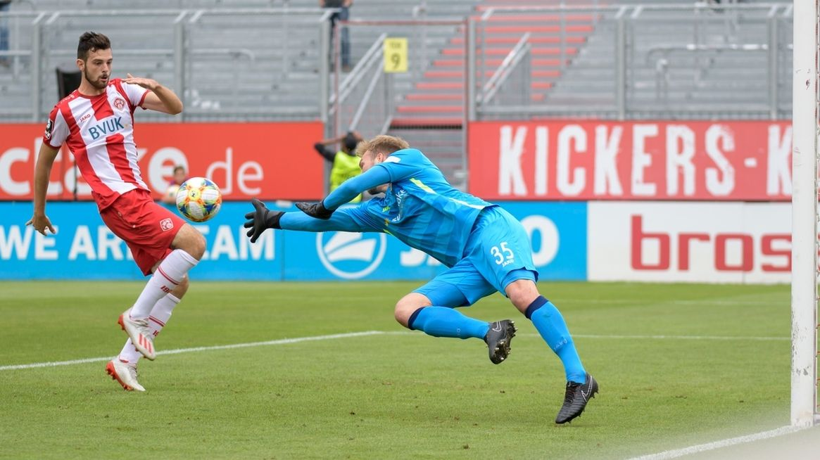 Spielszene Würzburger Kickers - Preußen Münster