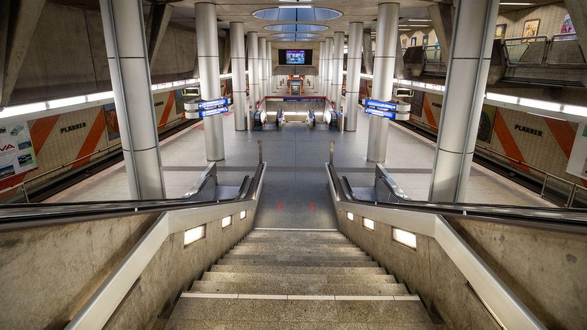 Leere U-Bahnstation am Plärrer im Nürnberg