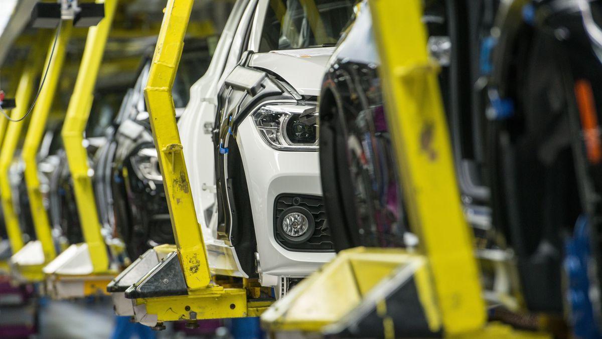 Produktion im BMW-Werk in Regensburg