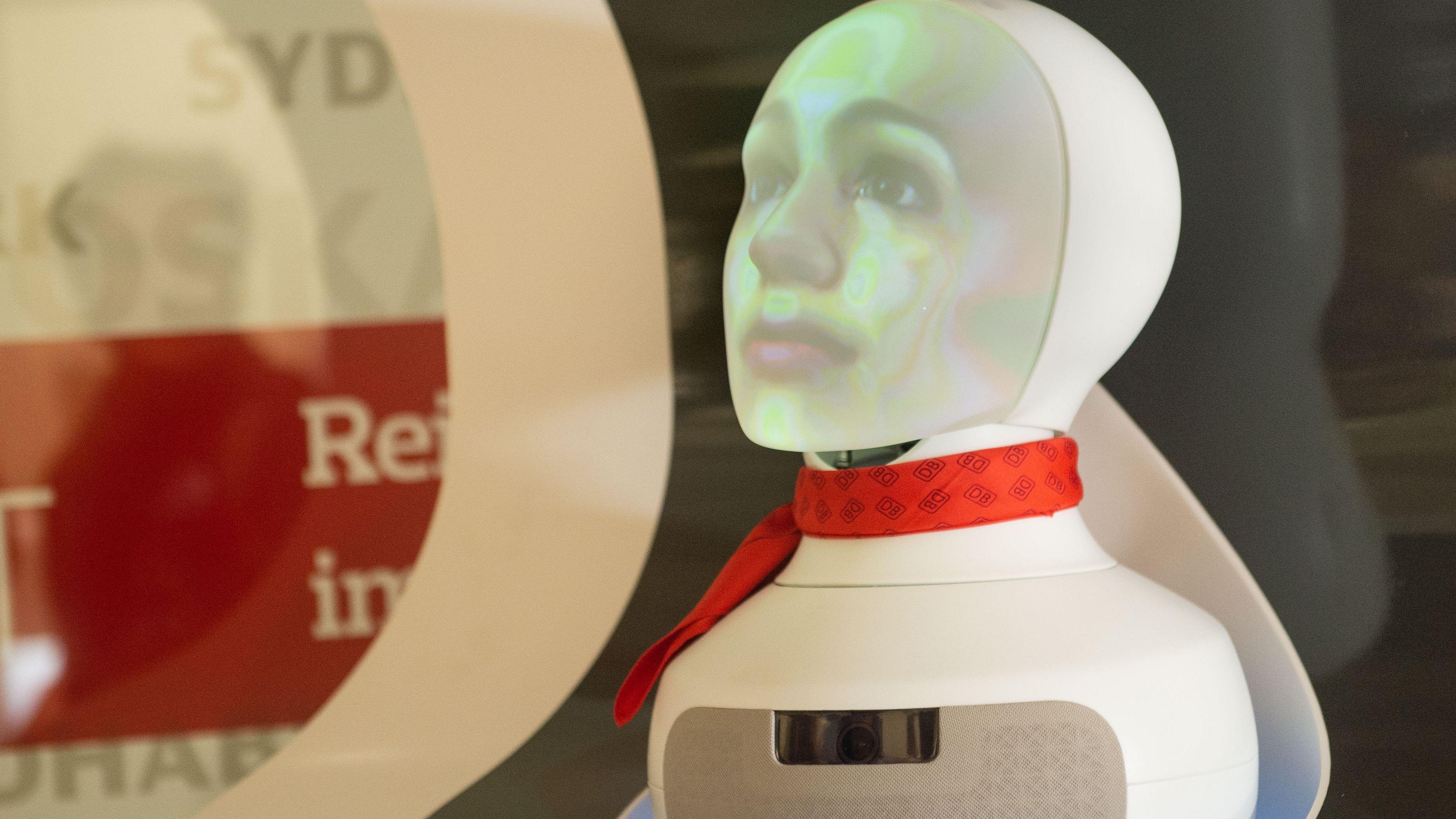 """""""Semmi"""" Roboter vom Kundenservice der Deutsche Bahn"""