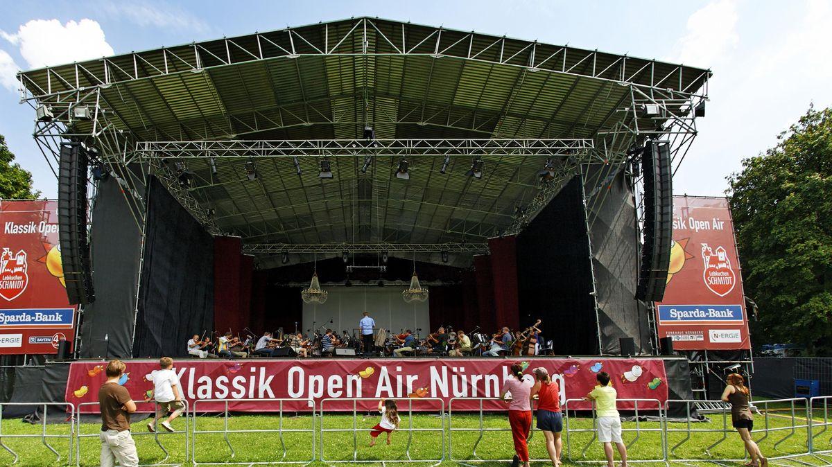 Nürnberger Symphoniker auf der Open Air Bühne