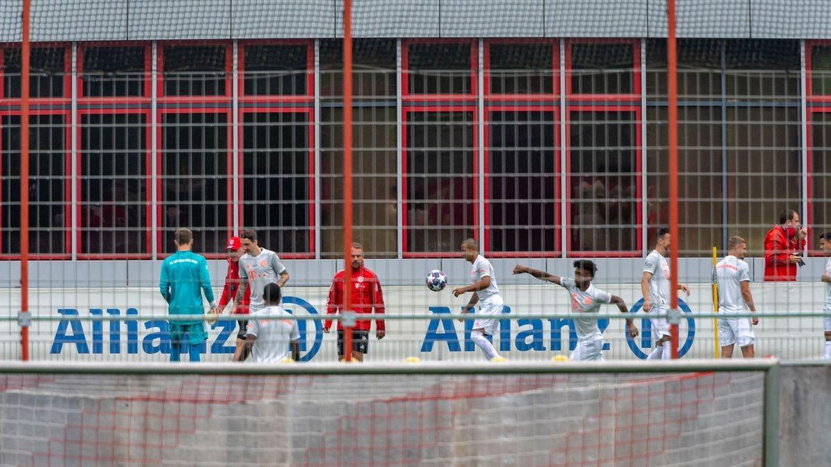 FC Bayern beim Mannschaftstraining