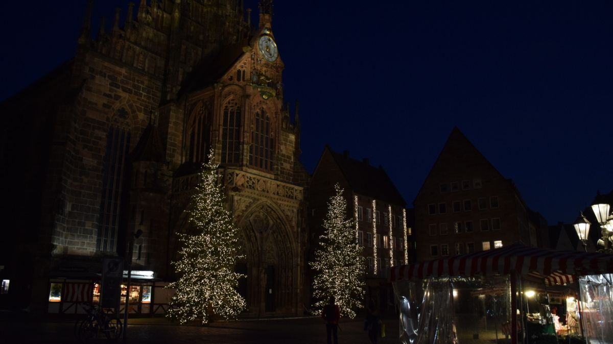 Weihnachtsstimmung auf dem Hauptmarkt