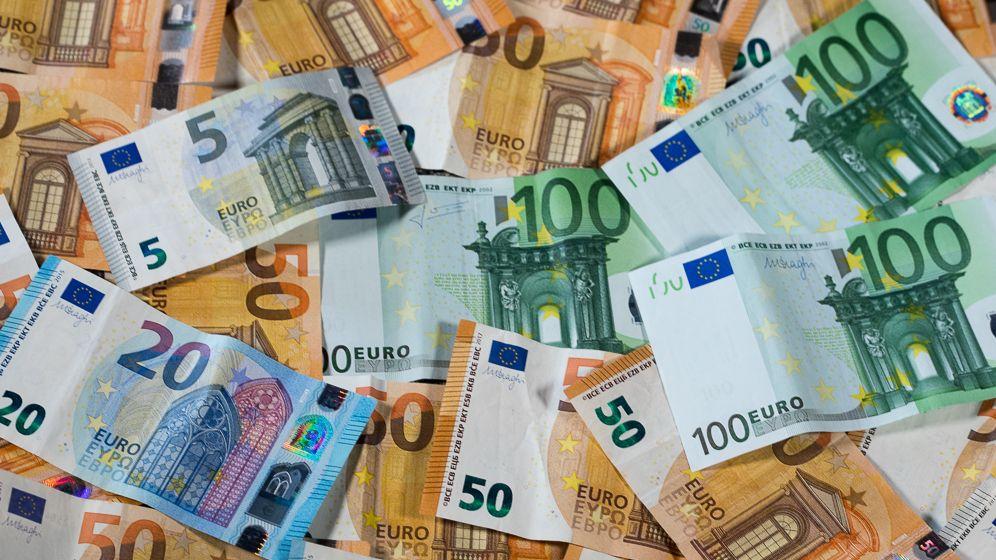 100-, 50-, 20- und 10-Euro-Scheine