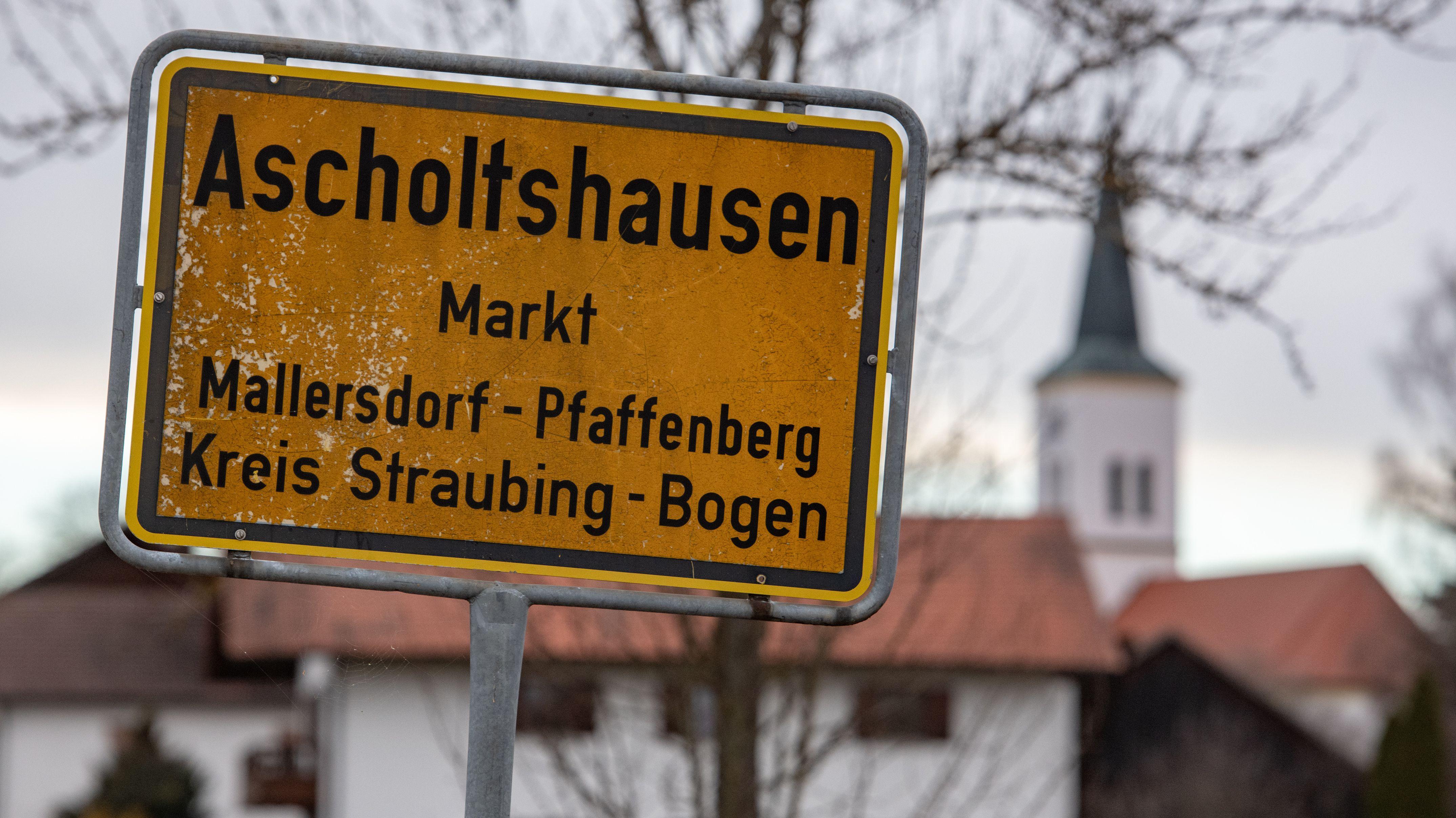 Ascholtshausen im Landkreis Straubing-Bogen. Hier hat sich im März die Familientragödie ereignet.