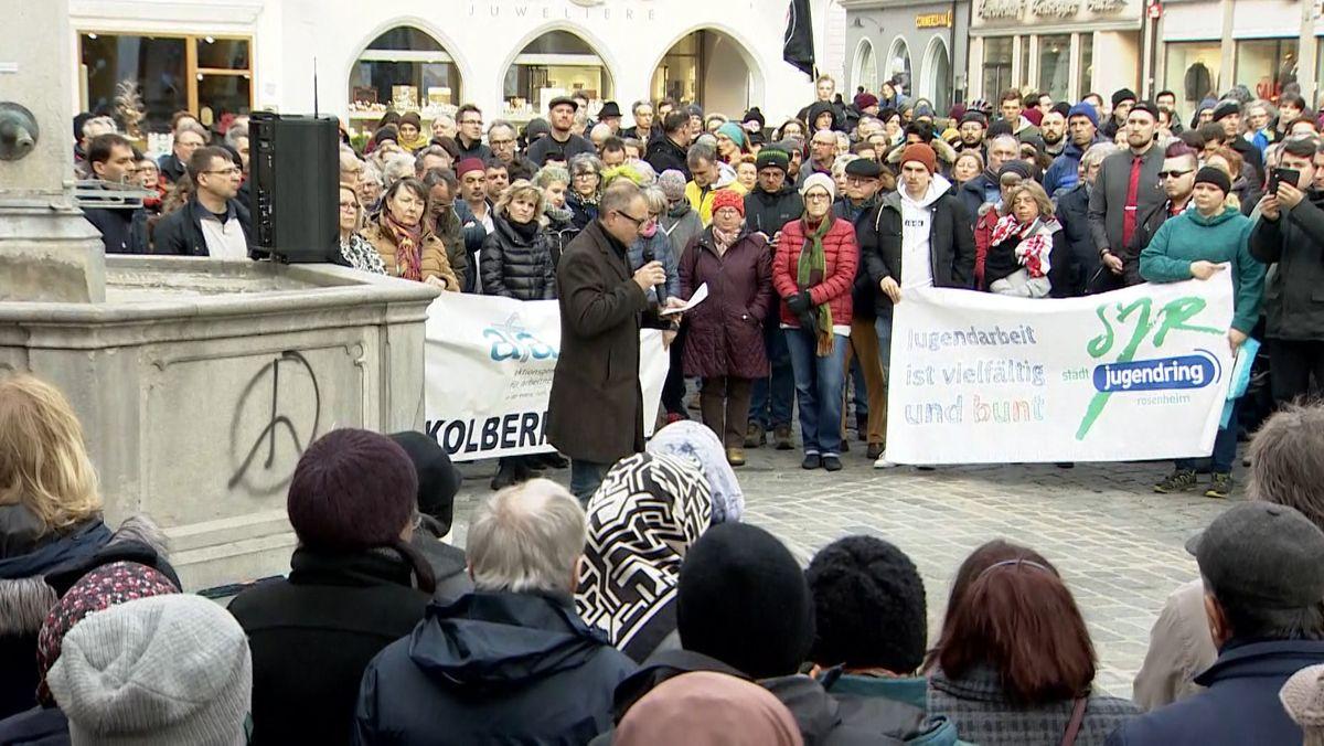 Mahnwache in Rosenheim für die Opfer von Hanau