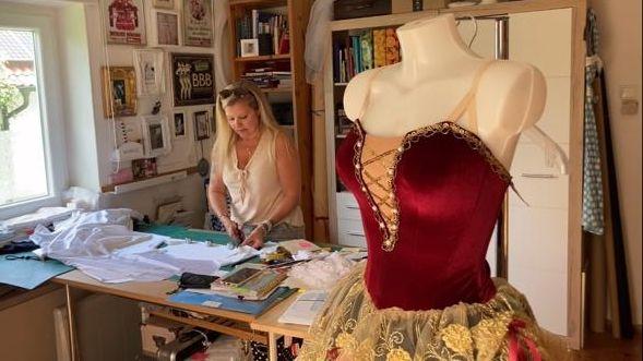 Das Designen von Kostümen für Ballett- und Burlesqueaufführungen ist nicht mehr der Haupt-Job von Bianca Matthäi.