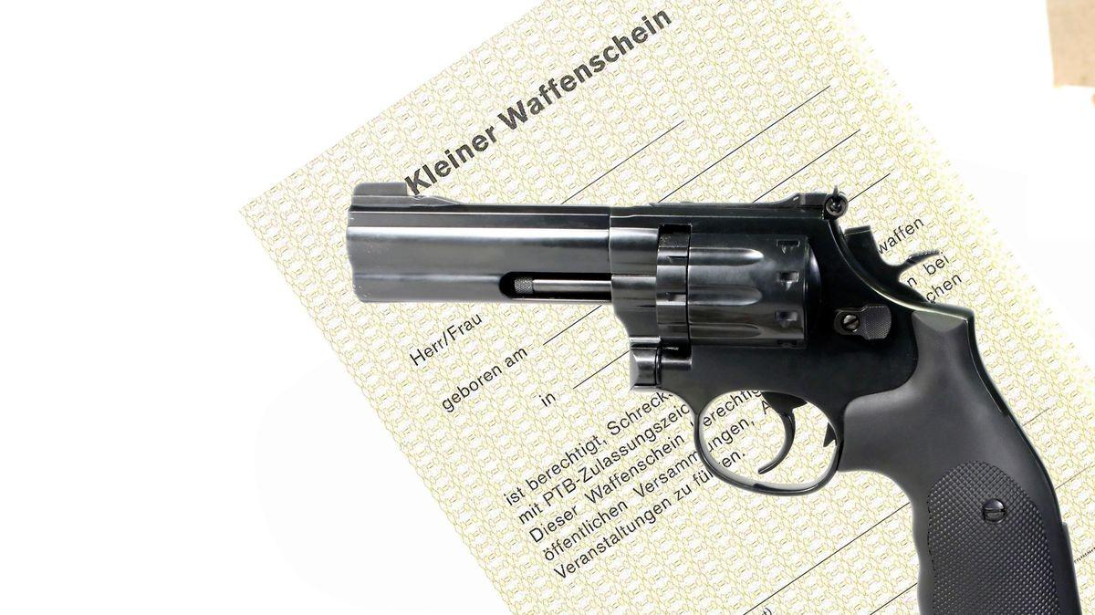 Kleiner Waffenschein (Symbolbild)