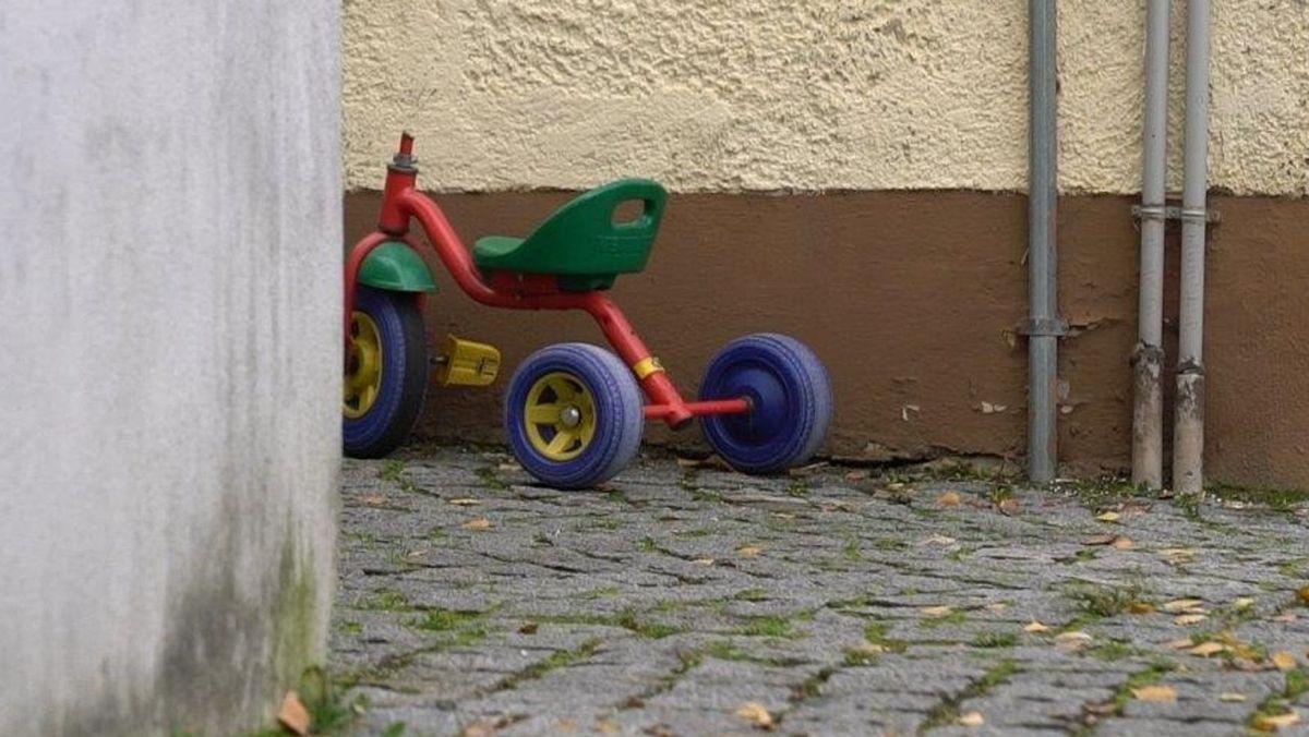 Kaputtes Dreirad
