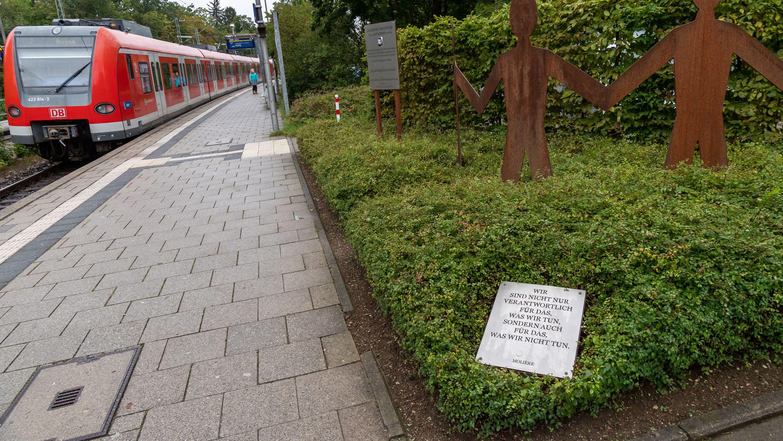 Denkmal für Dominik Brunner auf dem S-Bahnsteig Solln