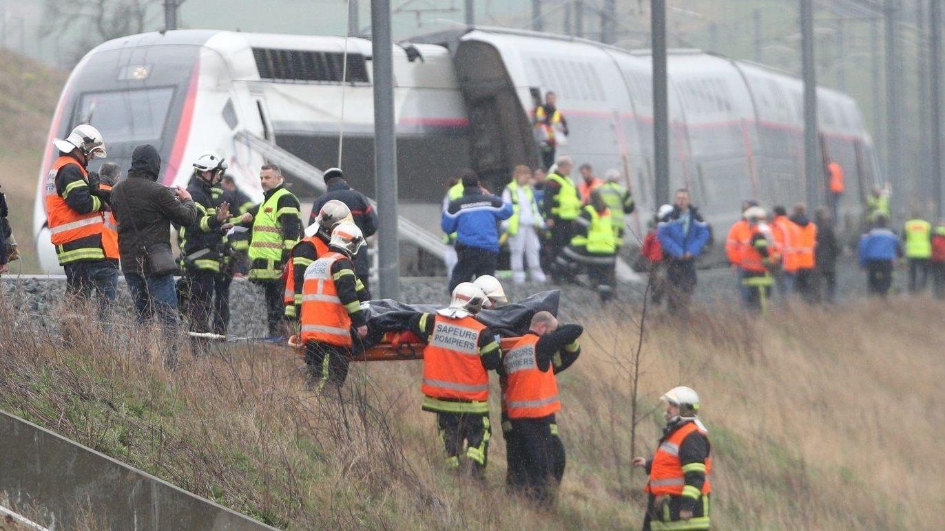 Der entgleiste TGV bei Straßburg