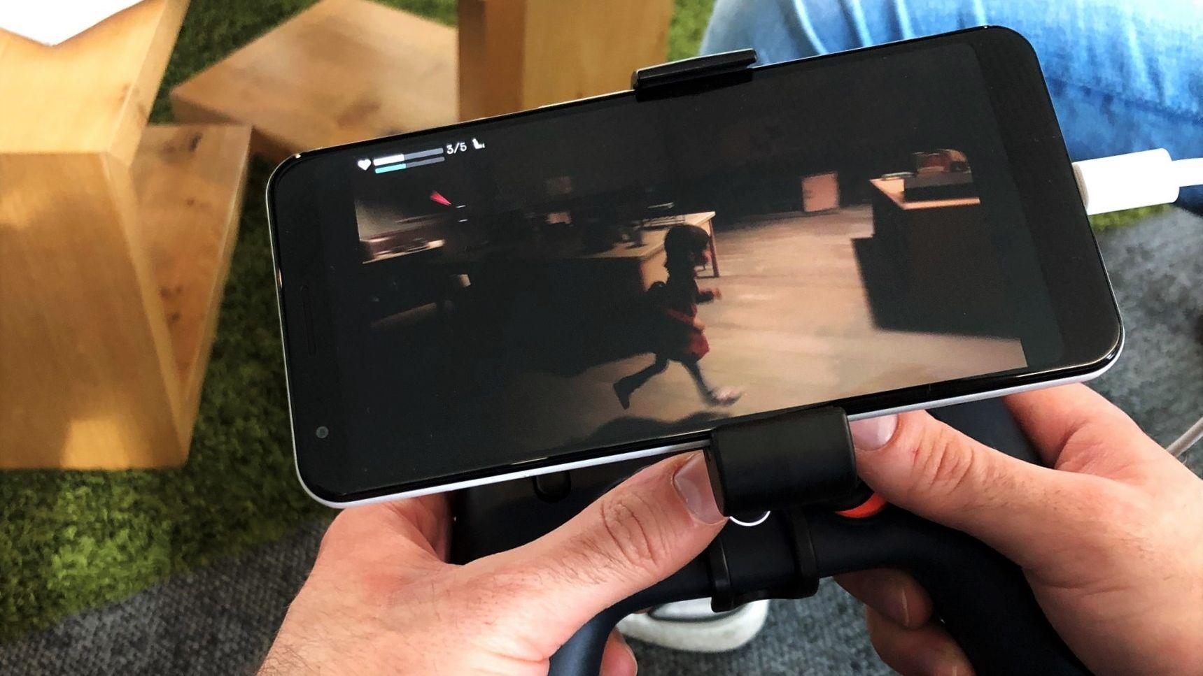 """Das Spiel """"GYLT"""" auf dem Smartphone."""