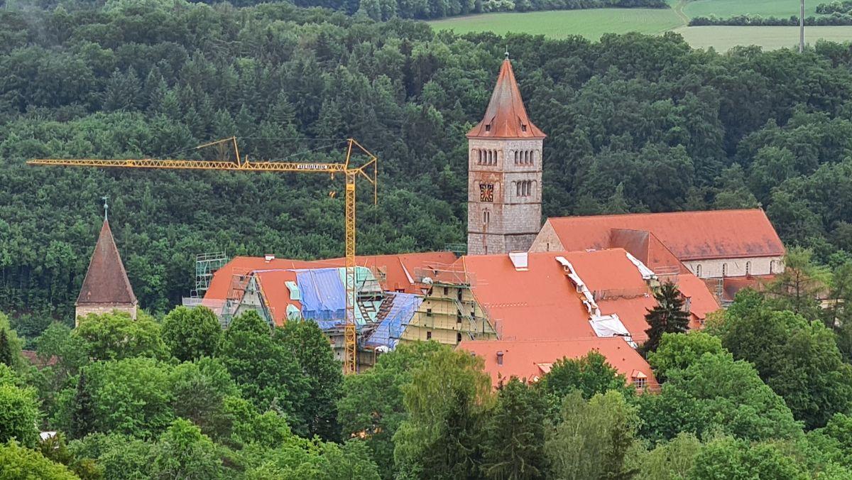 Die Klosterburg Kastl wird saniert und soll ab 2023 eine Hochschule für den Öffentlichen Dienst beherbergen.