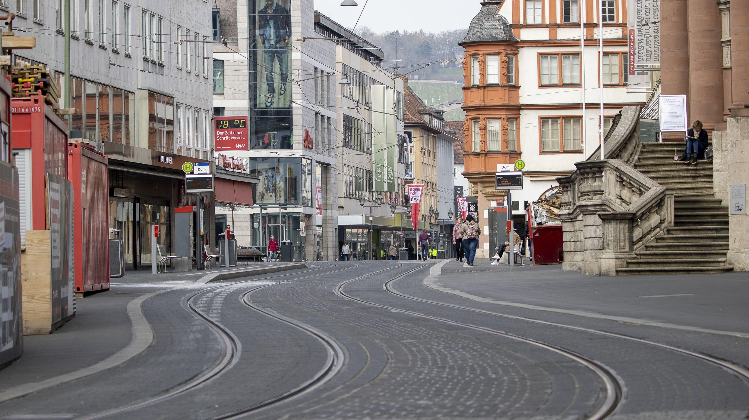 Leere Strassen in der City von Wuerzburg am 20.3.2020