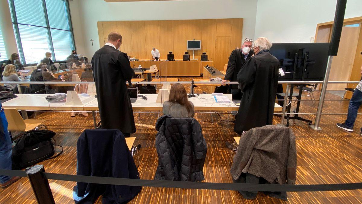Prozessauftakt gegen mutmaßliche Pflegemafia in Augsburg