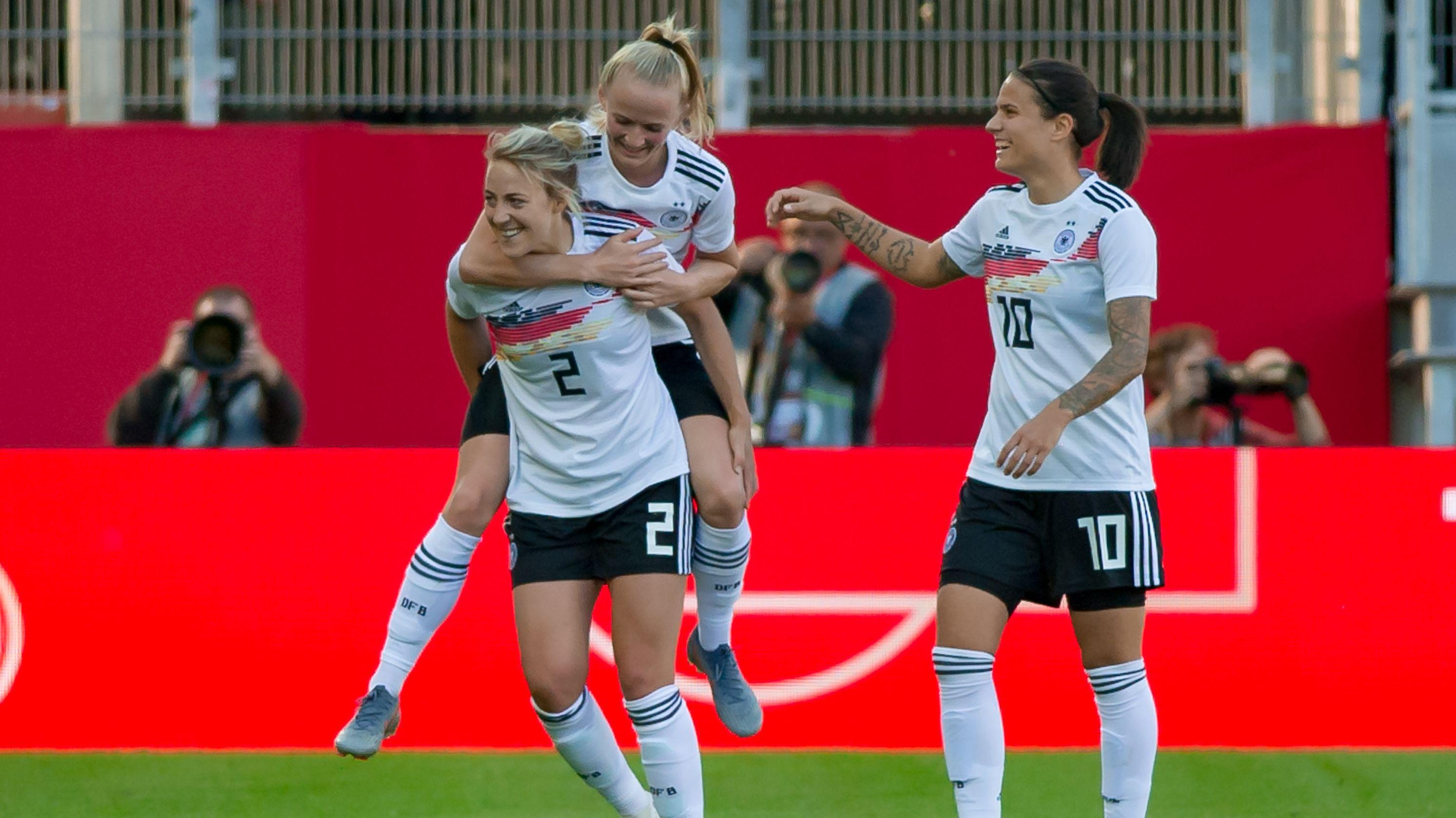 DFB-Frauen bei einem Länderspiel