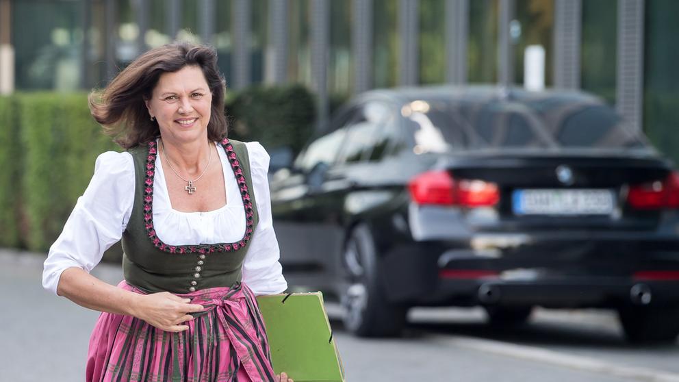Wirtschaftsministerin Ilse Aigner | Bild:picture alliance / Peter Kneffel/dpa