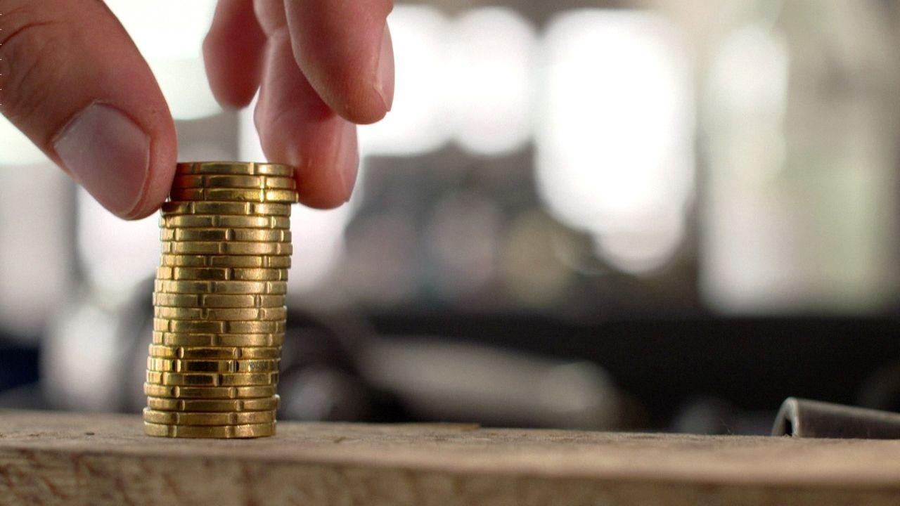 Ein Türmchen aus Münzen
