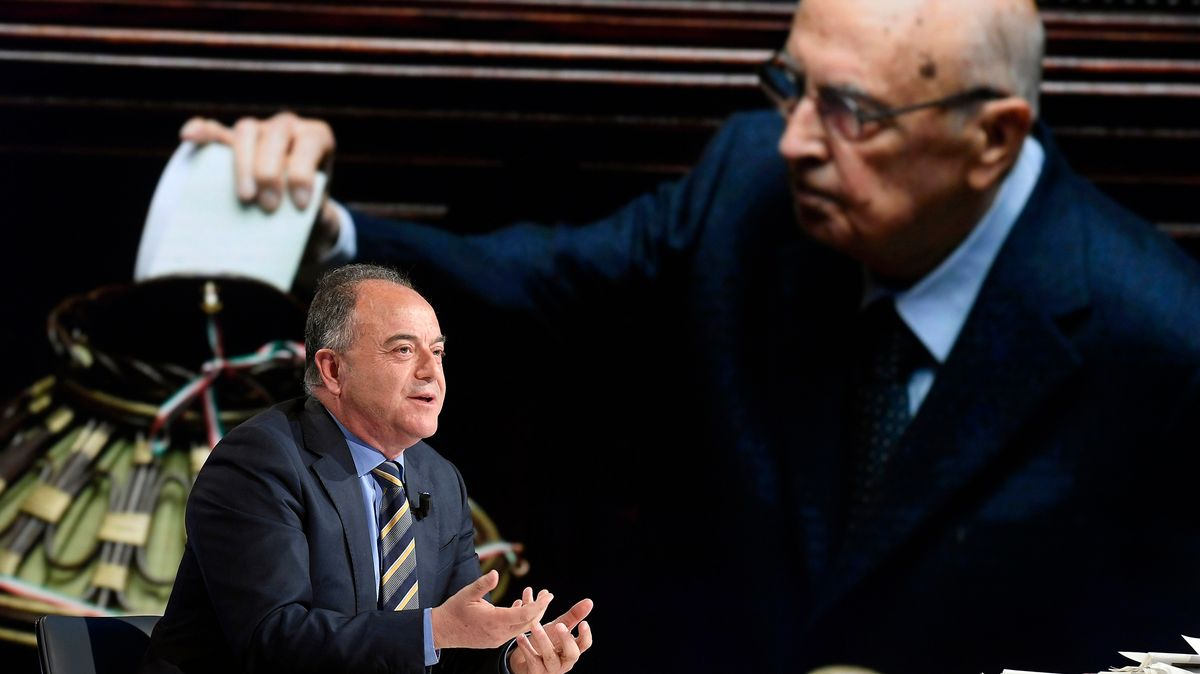 Antimafia-Staatsanwalt Nicola Gratteri in Prozessverhandlungen