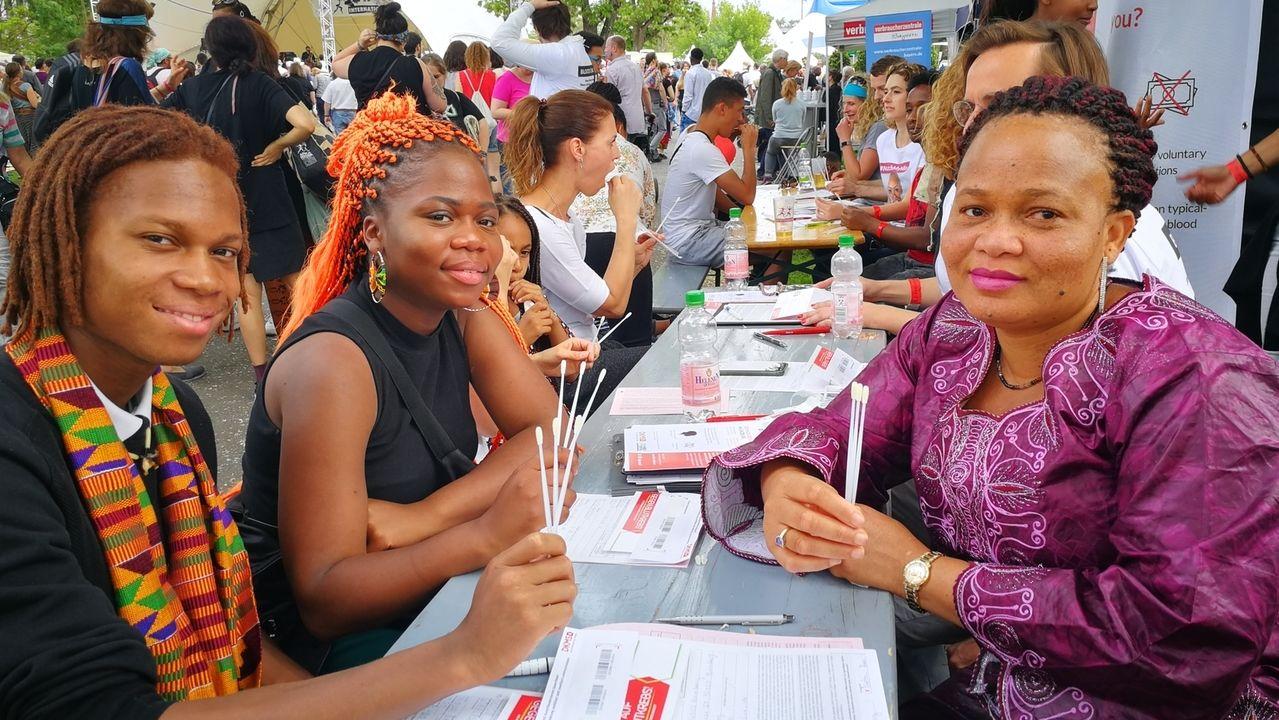 Typisierungsaktion auf dem Africa festival