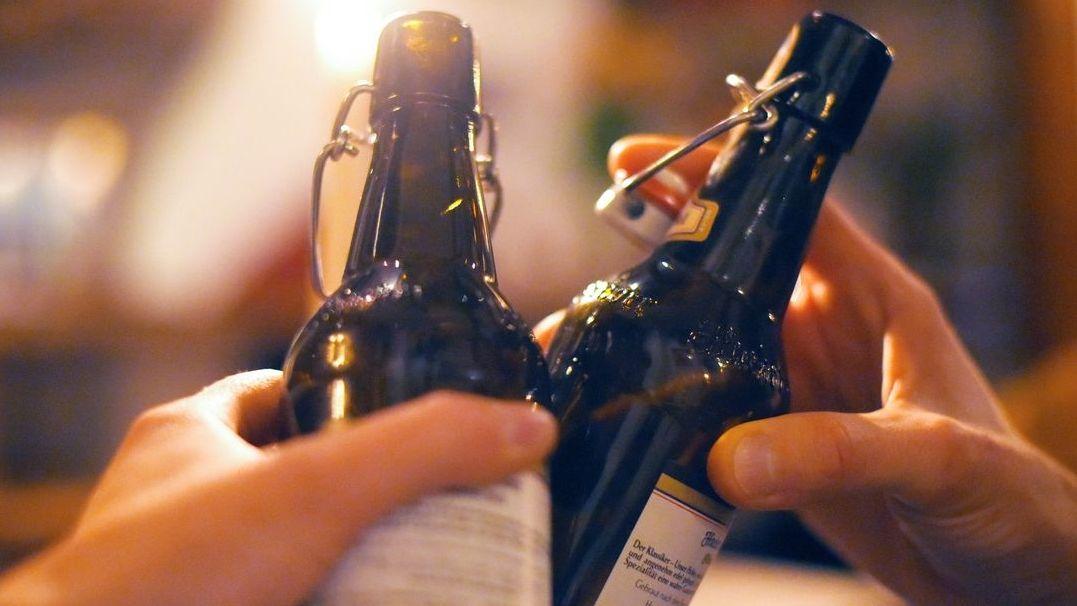 Bierflaschen (Symbolbild)