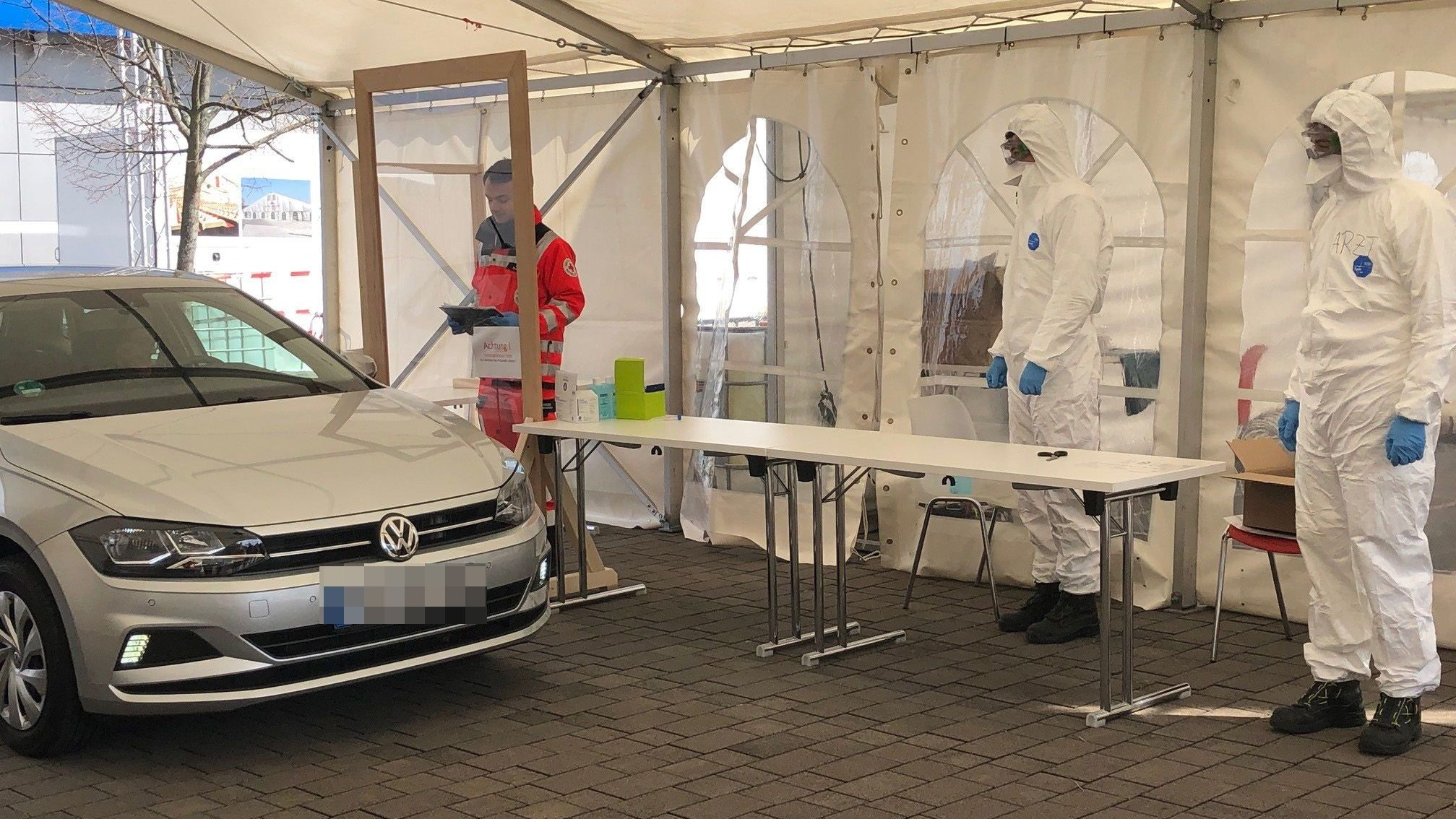 In Würzburg geht die erste Drive-In-Teststrecke in Betrieb.