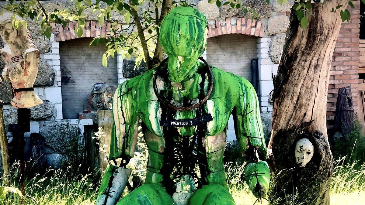 Diese Skulptur soll Symbolfigur des Protests werden.