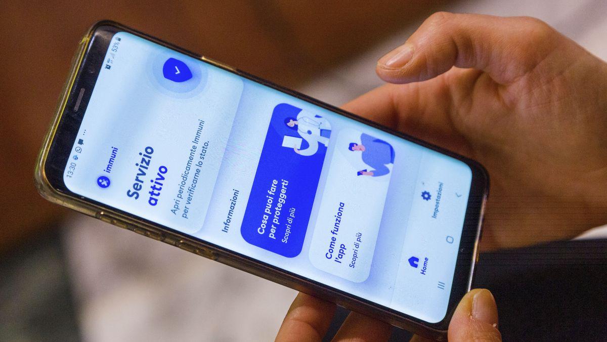 Italienische Corona-Warnapp auf einem Smartphone