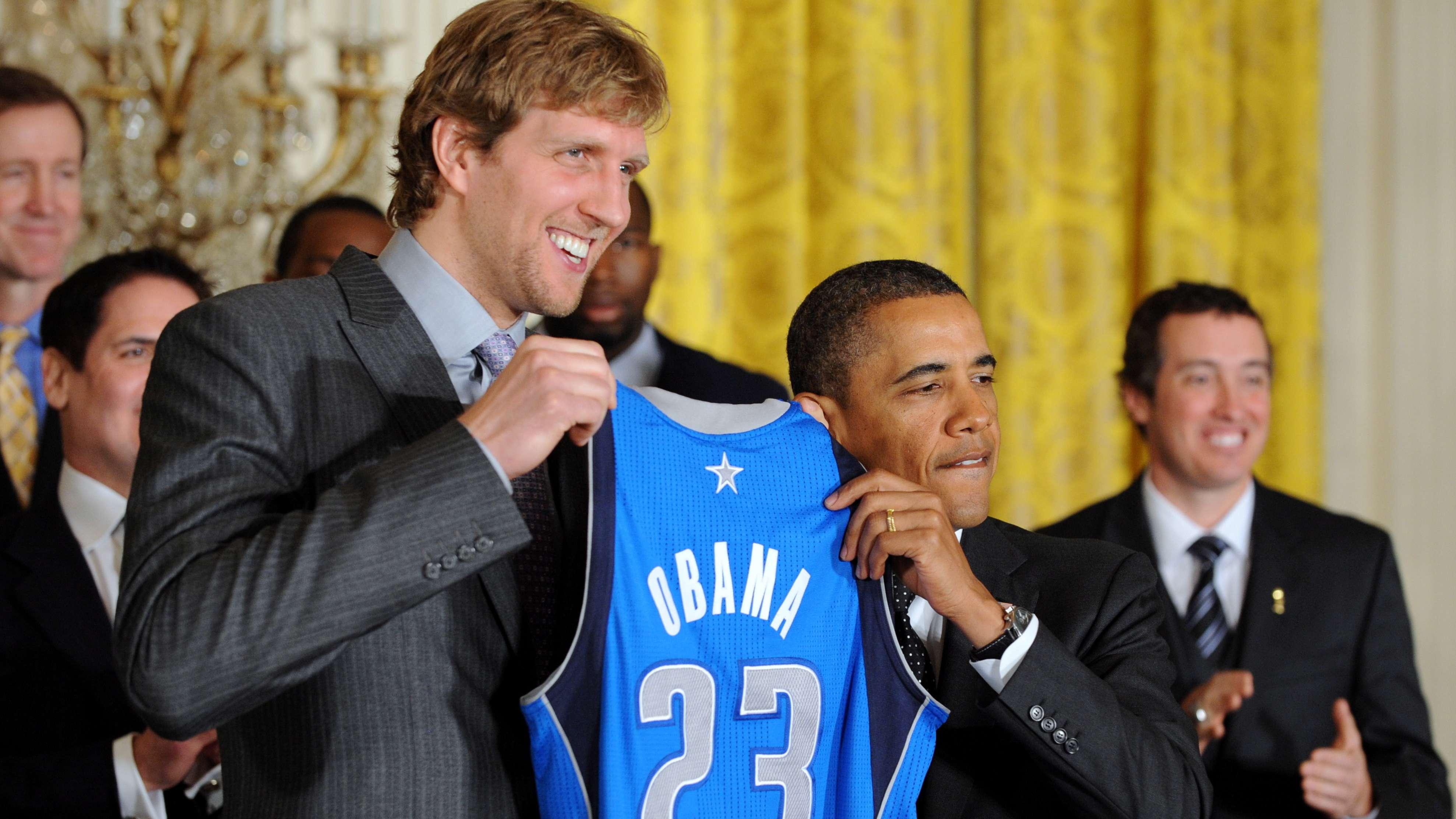 Dirk Nowitzki mit Barack Obama