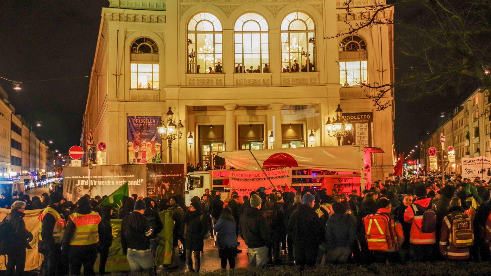 Demonstrationen gegen Münchner Sicherheitskonferenz