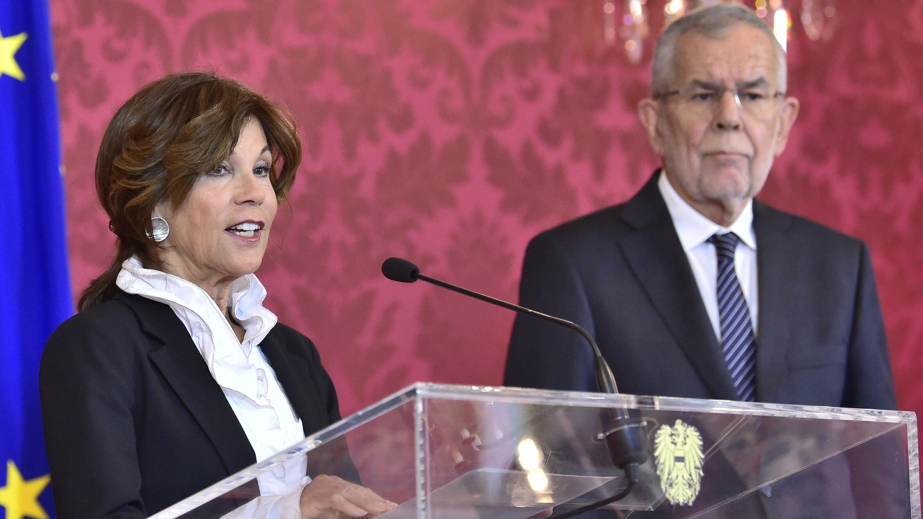 Brigitte Bierlein, von Alexander Van der Bellen als Übergangskanzlerin ernannt