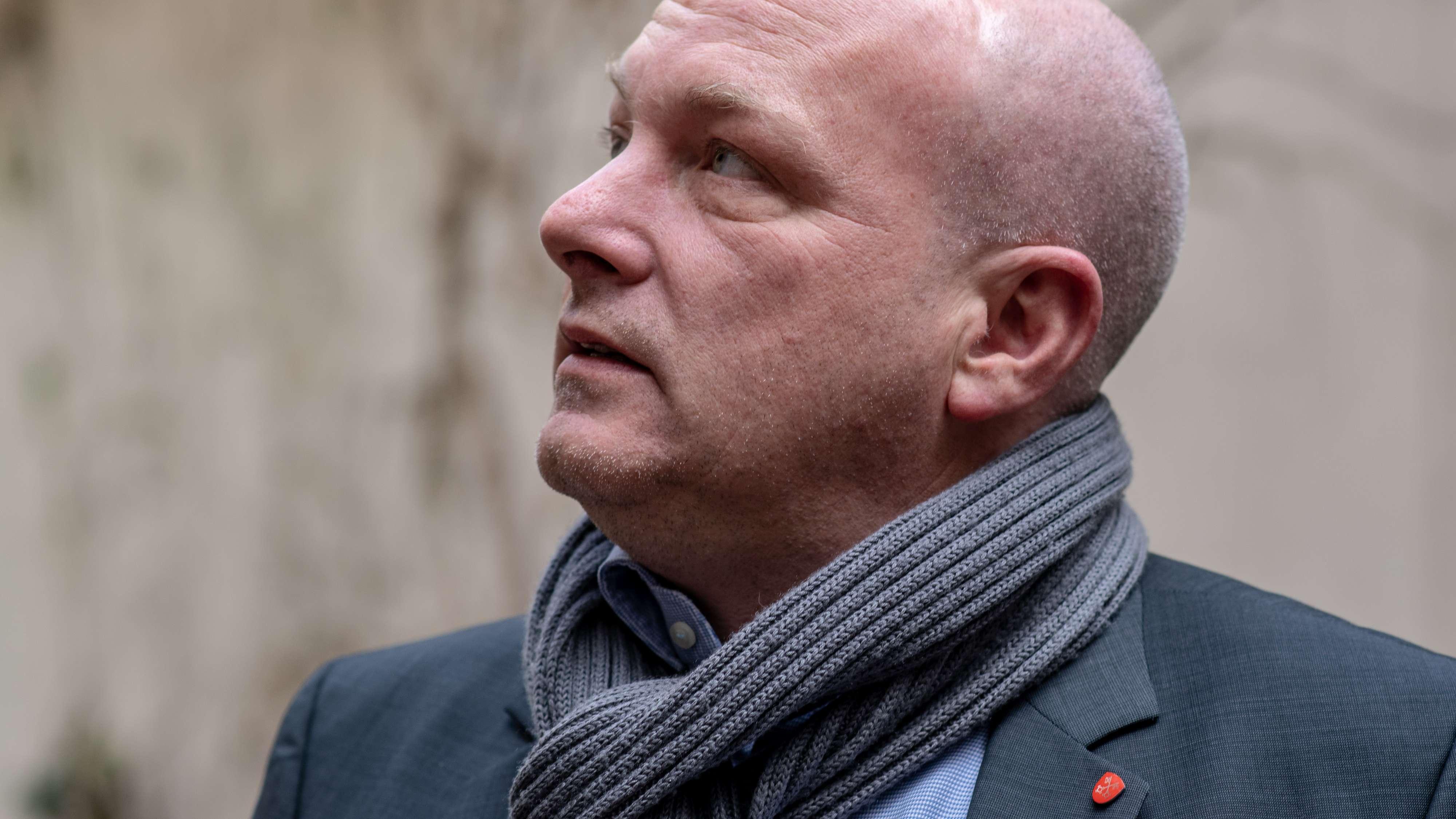 Joachim Wolbergs verlässt die SPD und kommt damit seinem Rauswurf zuvor. Er gehörte der Partei mehr als 30 Jahre lang an.