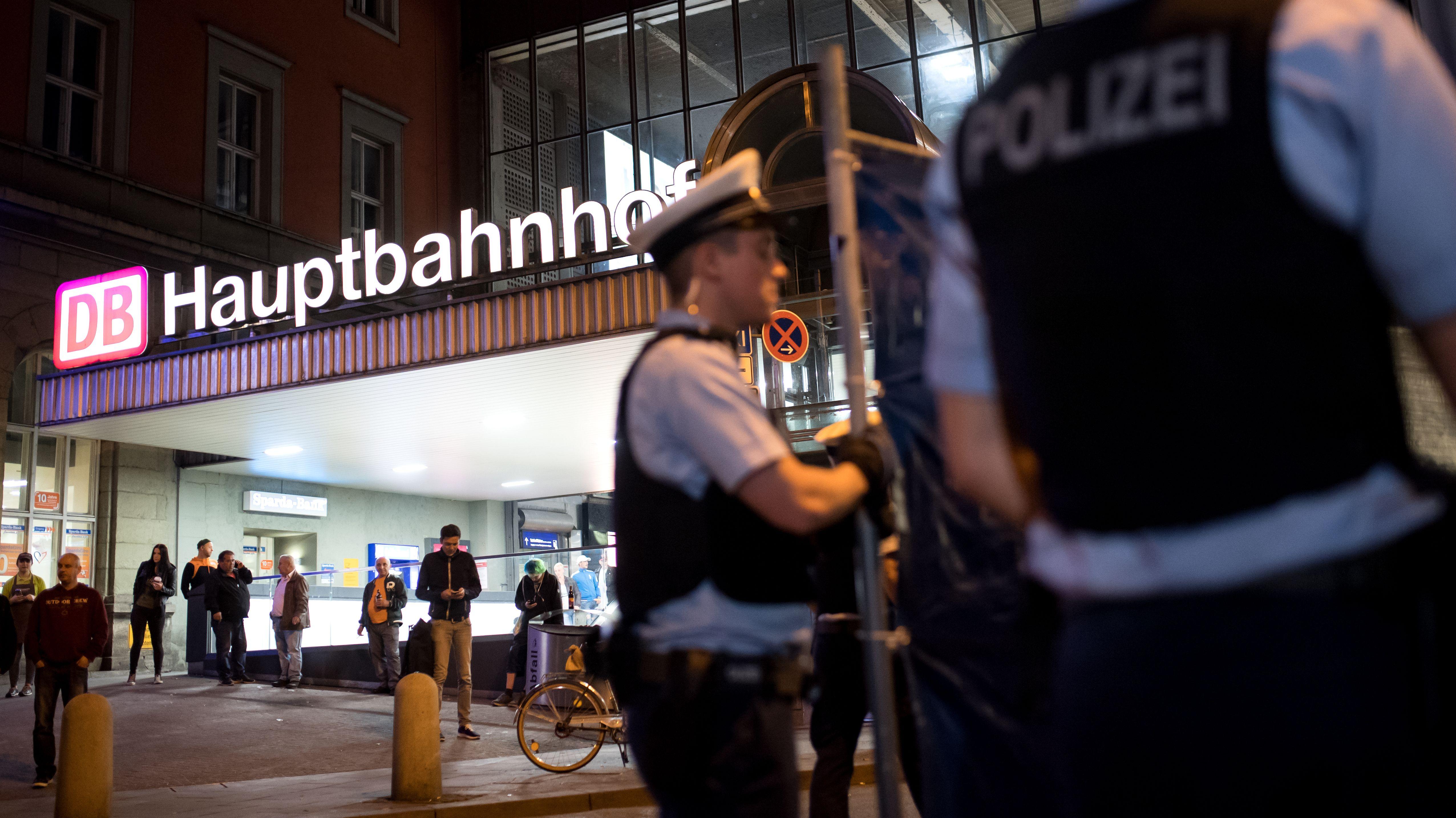 Bundespolizisten am Münchner Hauptbahnhof
