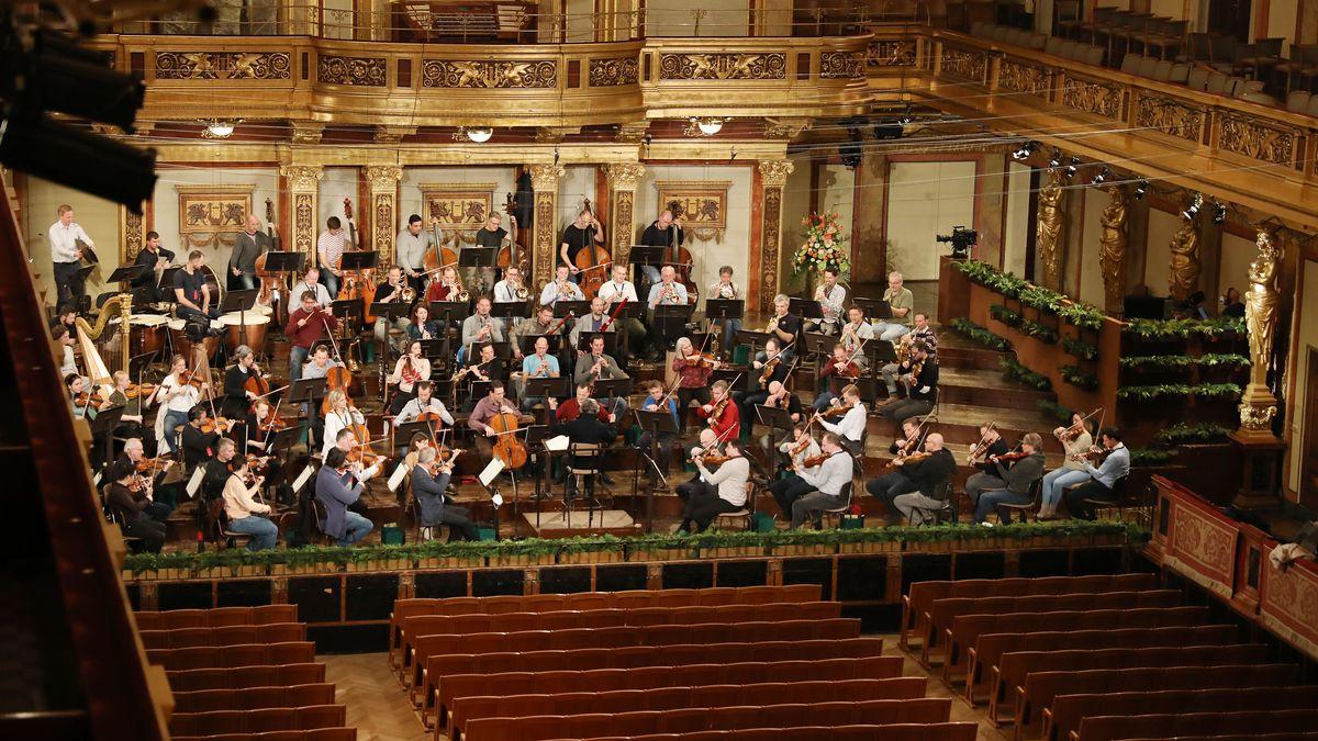 Wiener Philharmoniker proben in leerem Saal für Neujahrskonzert