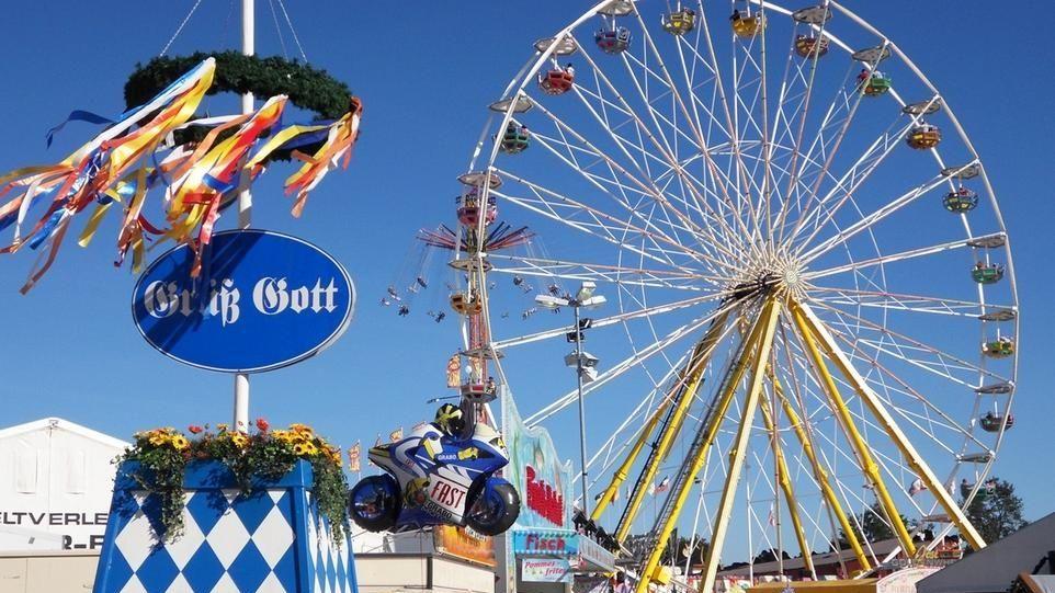 Riesenrad auf dem Karpfhamer Fest