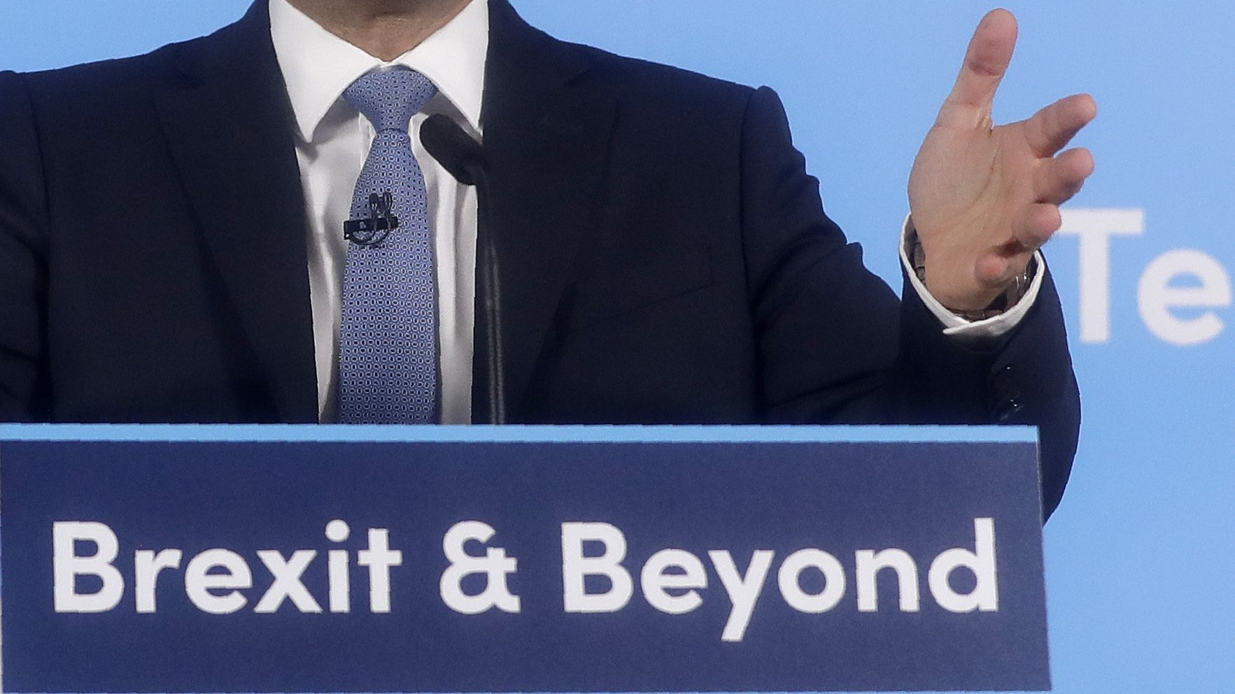 Einer der Nachfolgekandidaten hat das Motto Brexit & Beyond