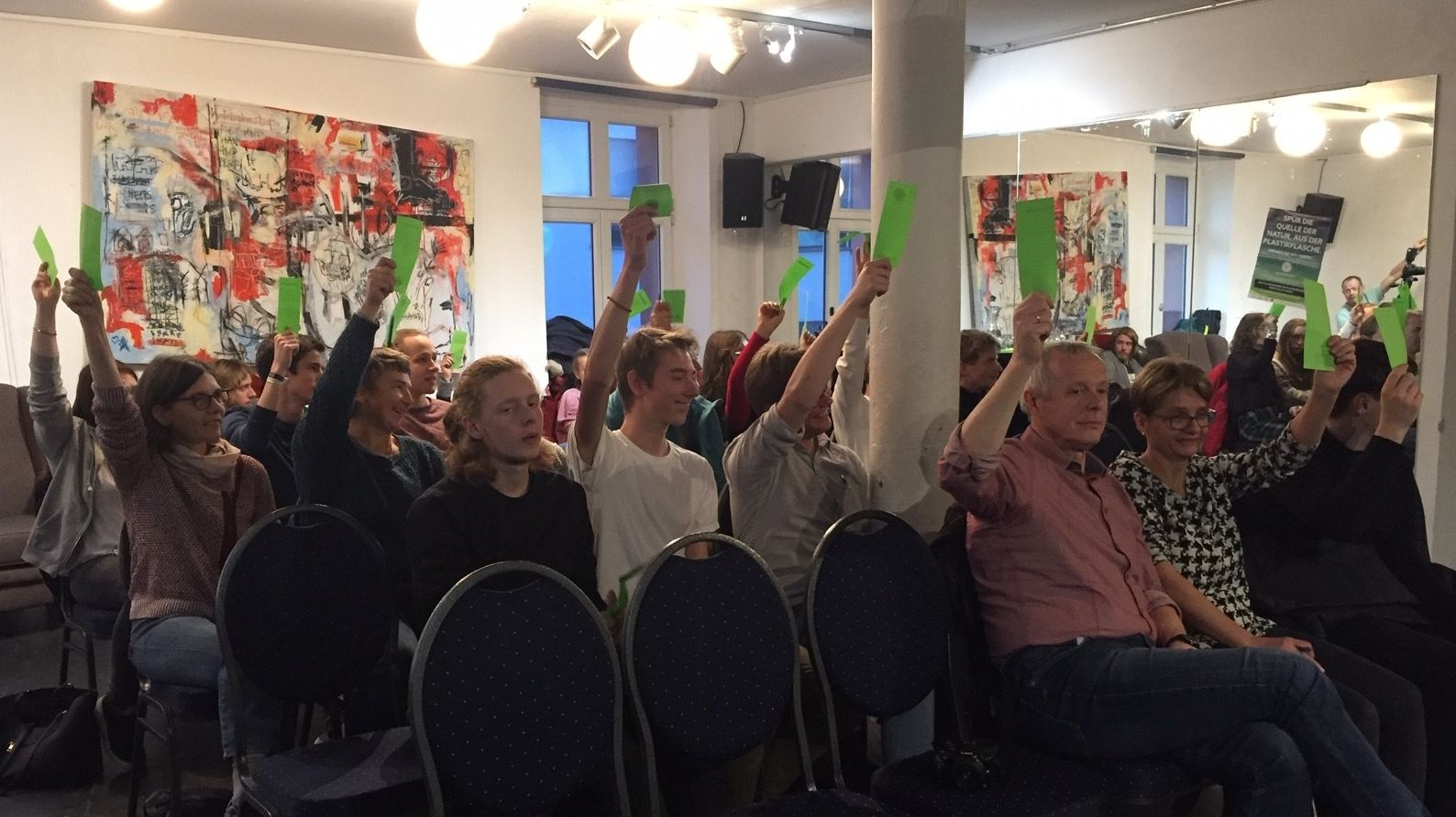 Abstimmung bei der Aufstellungsversammlung in Kempten.