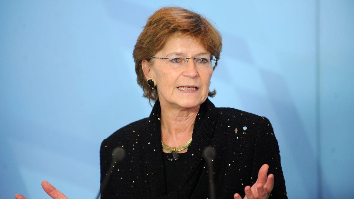 Die Vorsitzende des Dreierrates Grundrechtsschutz, Susanne Breit-Keßler