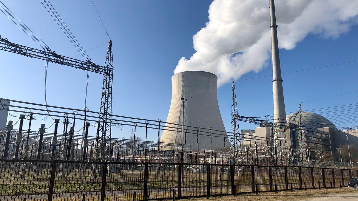 Das Kernkraftwerk bei Essenbach im Landkreis Landshut