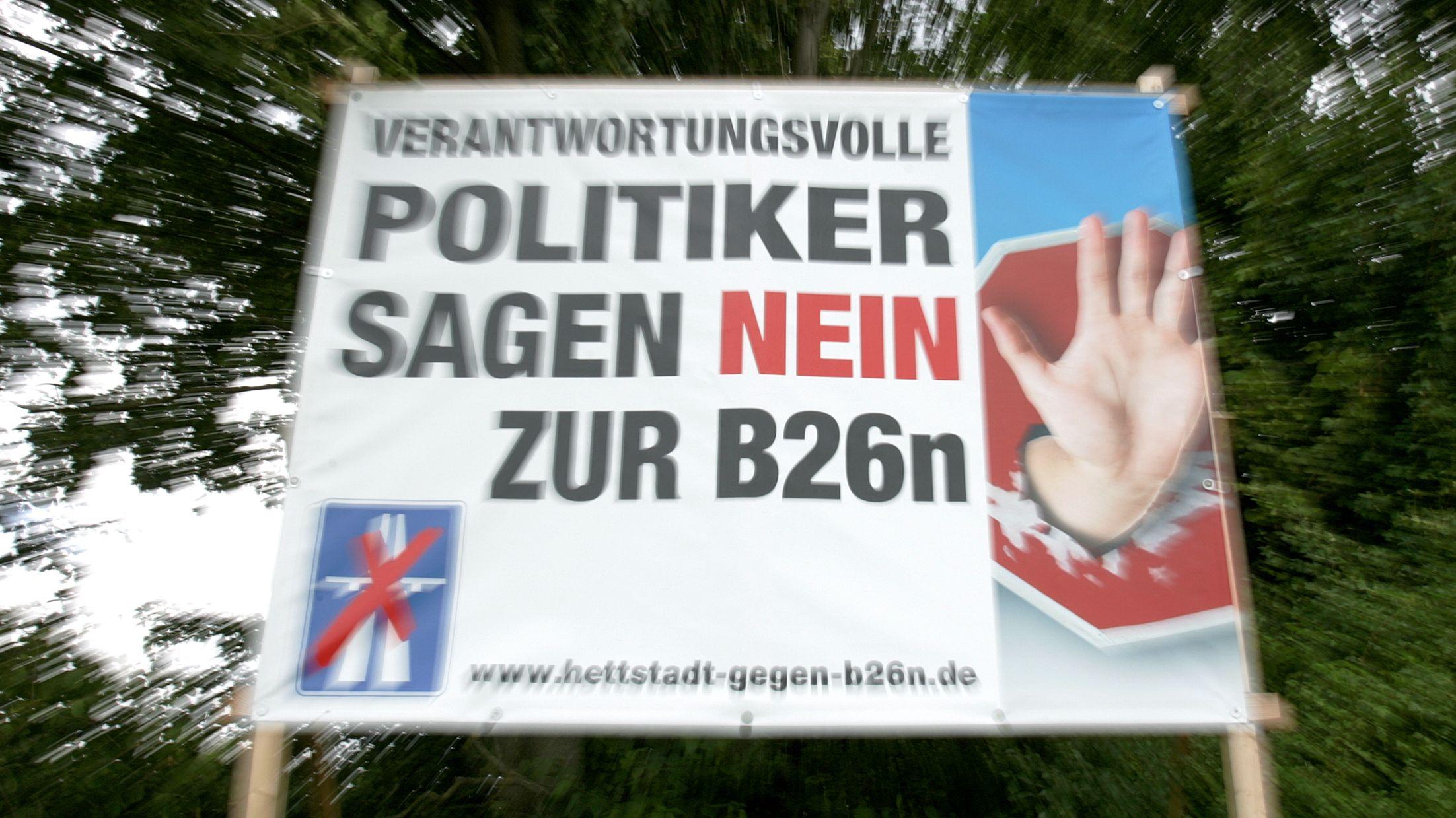 Protestplakat gegen die B26n bei Hettstadt