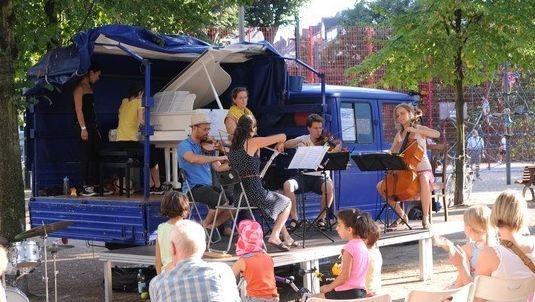 """Live-Konzert auf dem """"Blauen Eumel"""""""