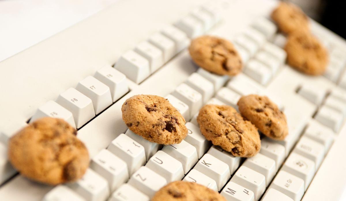 Kekse auf Tastatur