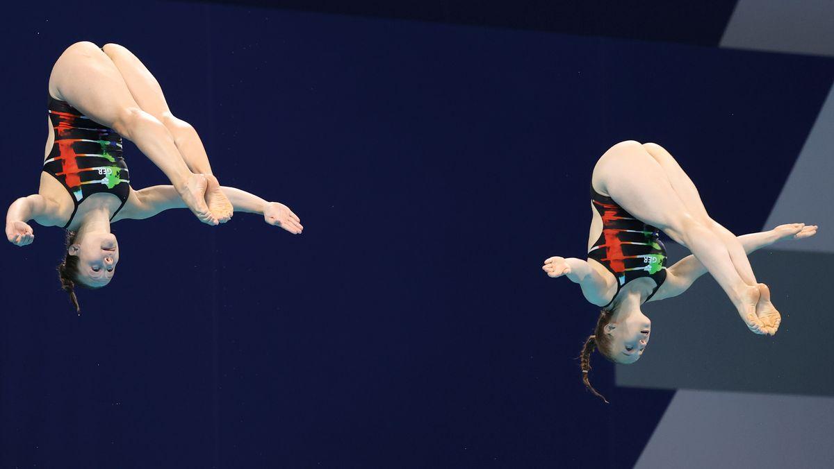 Wasserspringerinnen Hentschel und Punzel