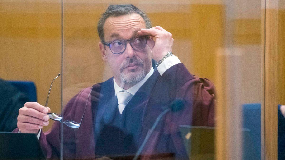 Dieter Killmer, Oberstaatsanwalt beim Bundesgerichtshof, im Prozess gegen den Hauptangeklagten im Mordfall Walter Lübcke.