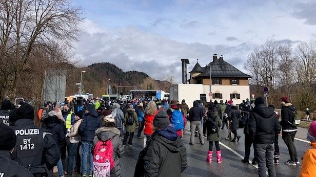 Demonstranten in Oberaudorf