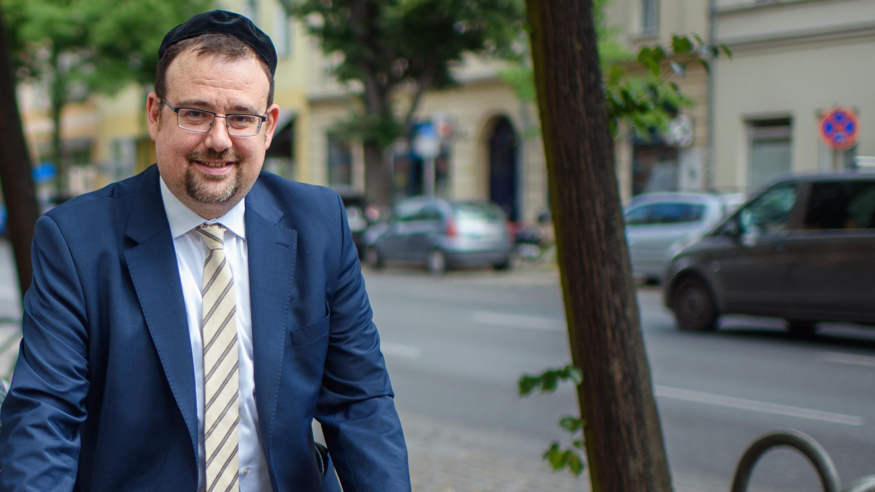 """Elias Dray, Rabbiner in Amberg, will ein """"Zentrum gegen Radikalisierung"""" gründen."""