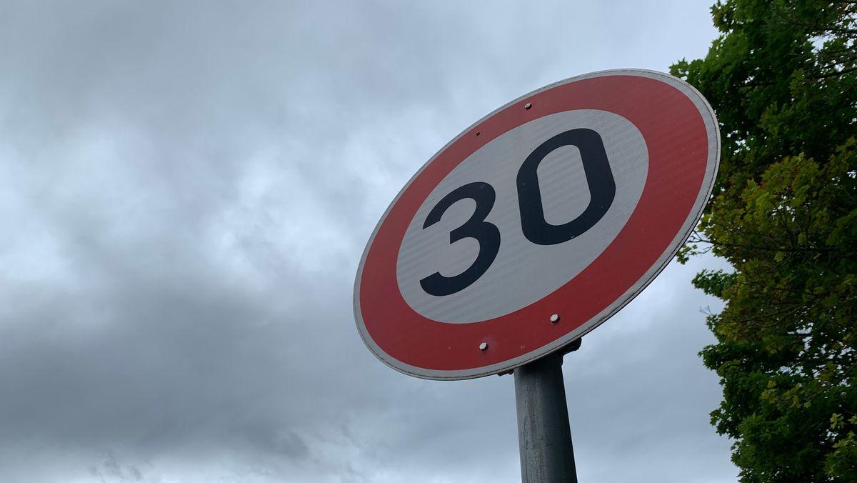 Verkehrsschild Tempo 30