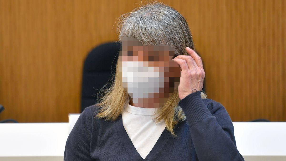 Die Angeklagte im Gerichtssaal