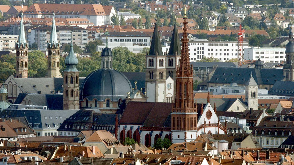 Blick auf die Dächer von Würzburg
